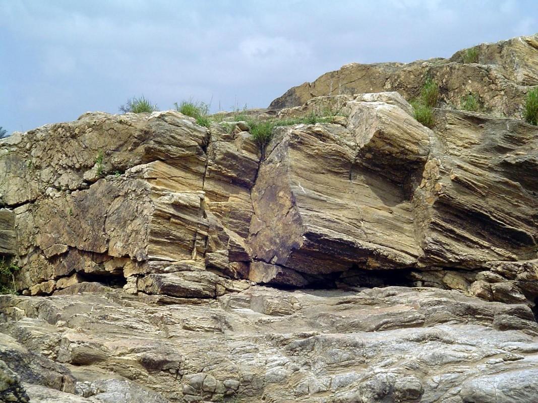 Roca Sedimentaria (©P S Pratheep)